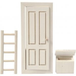 Puerta cuadrada, escalera y buzón