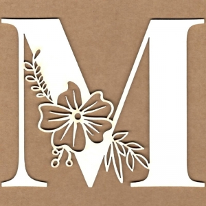 Letra inicial floral M