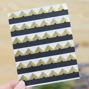 108 Etiquetas adhesivas doradas